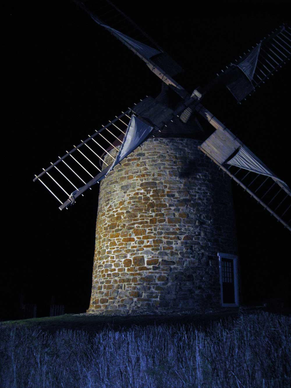 Mise en lumière du moulin à vent