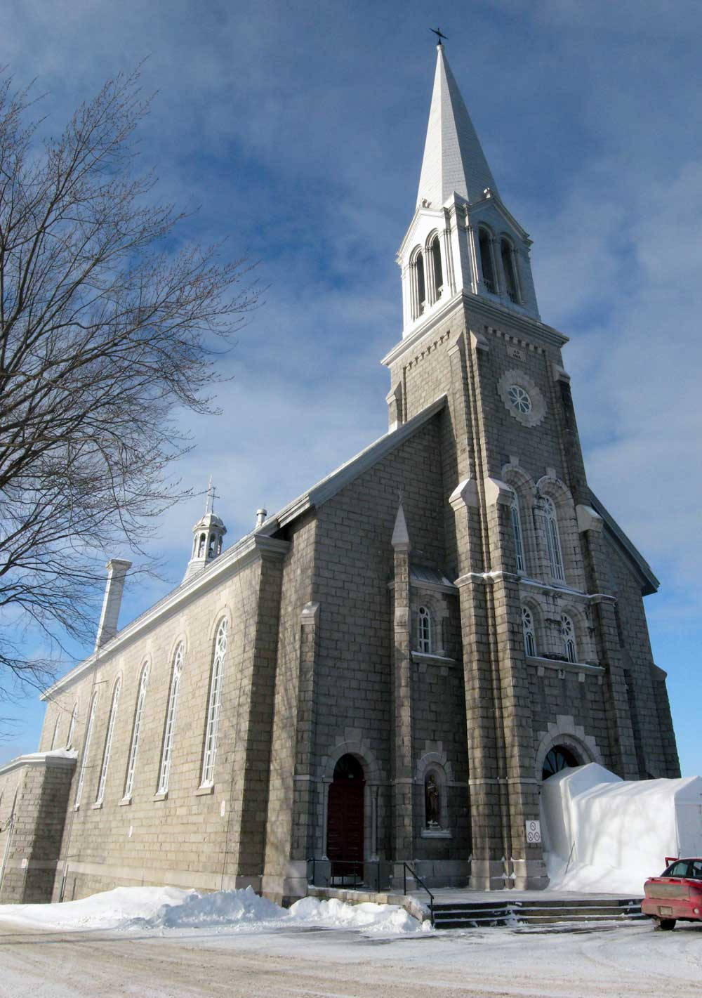 Église de Saint-Cyrile-de-Lessard