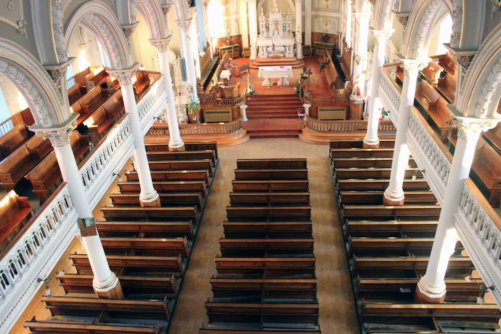 Saint-Evariste - Intérieur de l'église.